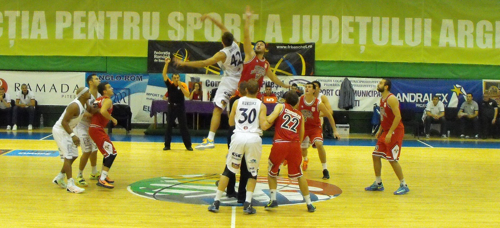 BCM U Pitesti Dinamo Bucuresti cupa 2015